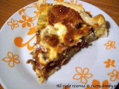 Torta salata patate funghi e speck