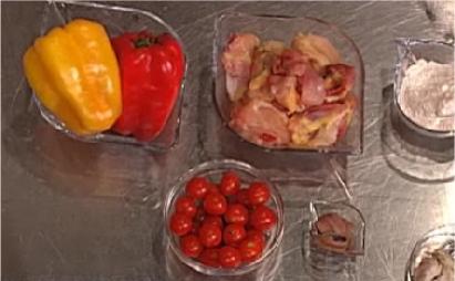 Cs, CAREservice kenwood_club-ricetta-fricassea-di-pollo-alla-romana-con-peperoni-e-acciughe.png-nggid041253-ngg0dyn-542x340-00f0w010c010r110f110r010t010 VideoRicette | Kenwood Cooking Chef – Fricassea di pollo alla romana con peperoni e acciughe vRicette  ricette Kenwood Cooking Chef